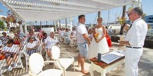 Rocks and Roses Wedding Planners Bevis and Whitney Amura Restaurant Puerto Calero 2017